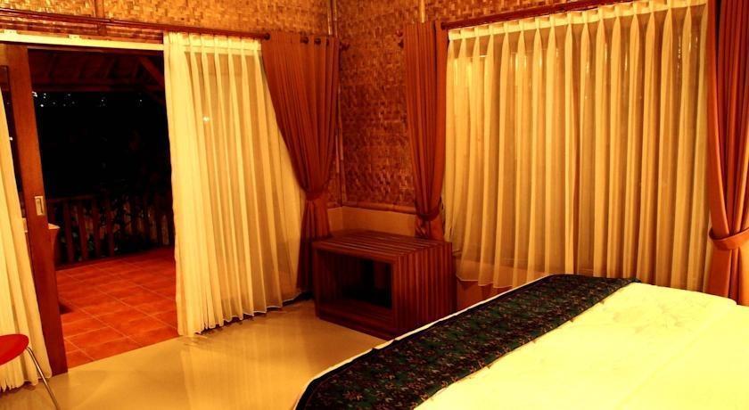 Villa Dago Ethnic Syariah Bandung - Kamar tamu