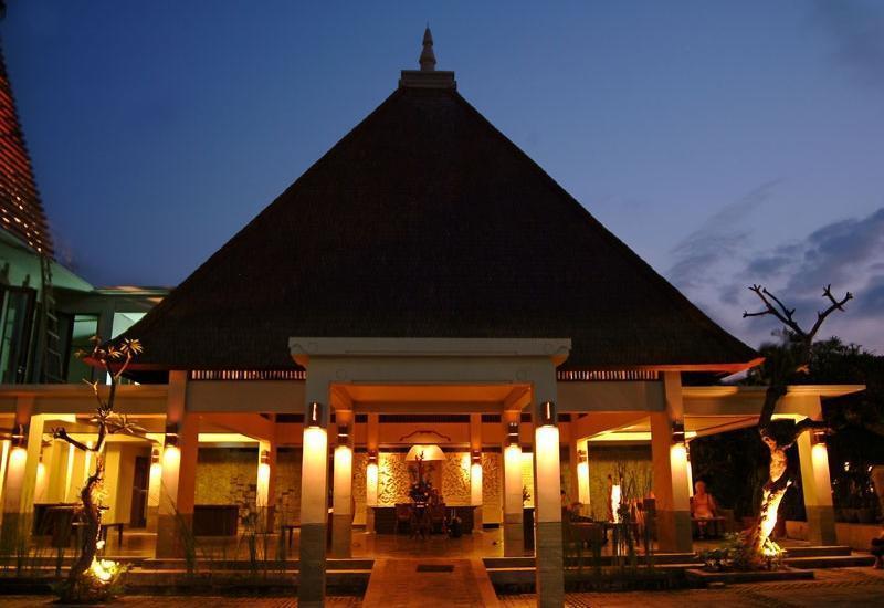 Ramayana Resort and Spa Bali - Tampilan Luar