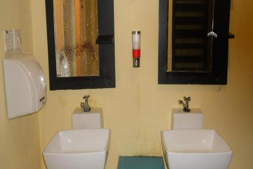 Parma City Hotel Pekanbaru - Kamar Mandi