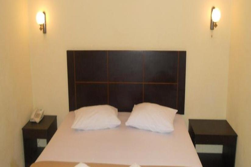 Parma City Hotel Pekanbaru - Standard Room Regular Plan