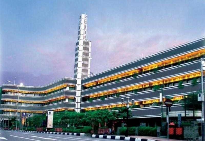 Savoy Homan Bandung - Tampilan depan Hotel