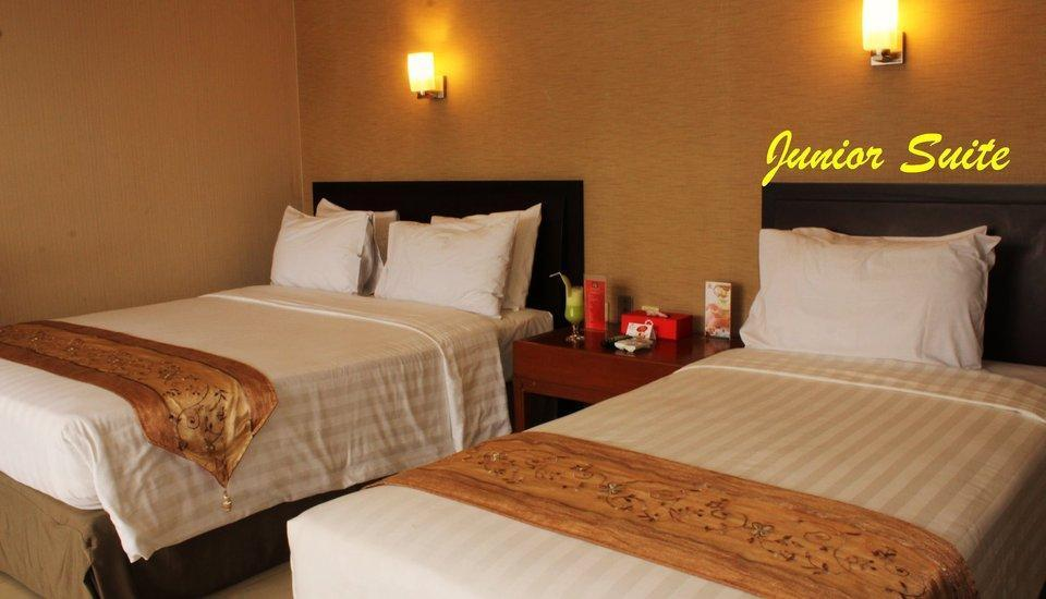 Citra Inn Hotel International & Restaurant Bekasi - Junior Suite Triple Regular Plan