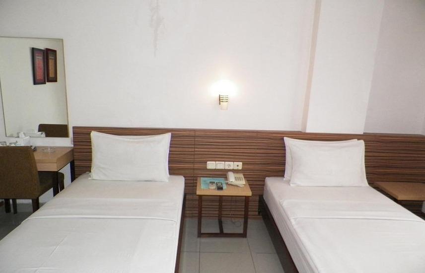 Karmila Hotel Bandung - Standard Twin Bed Regular Plan