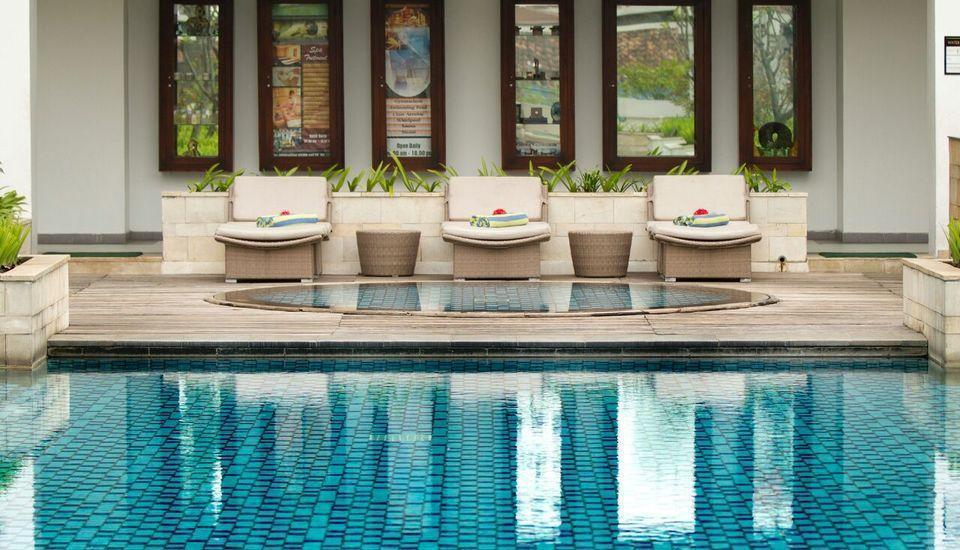 Prama Grand Preanger Bandung - Swimming Pool