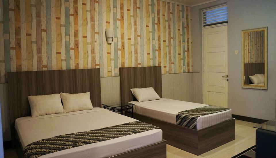 Airlangga Hotel & Restaurant Yogyakarta - Suite Room