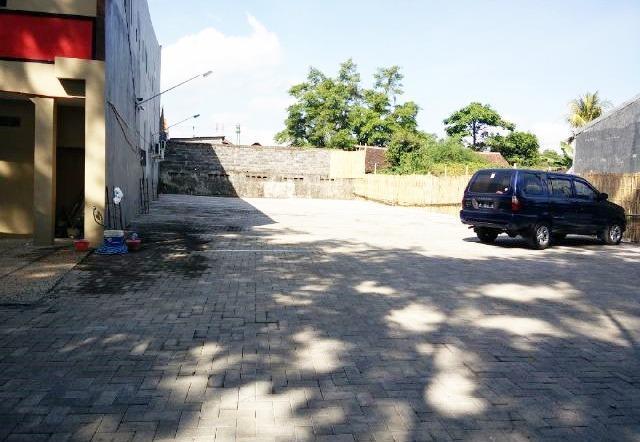 JC Homestay Jember - Tempat Parkir