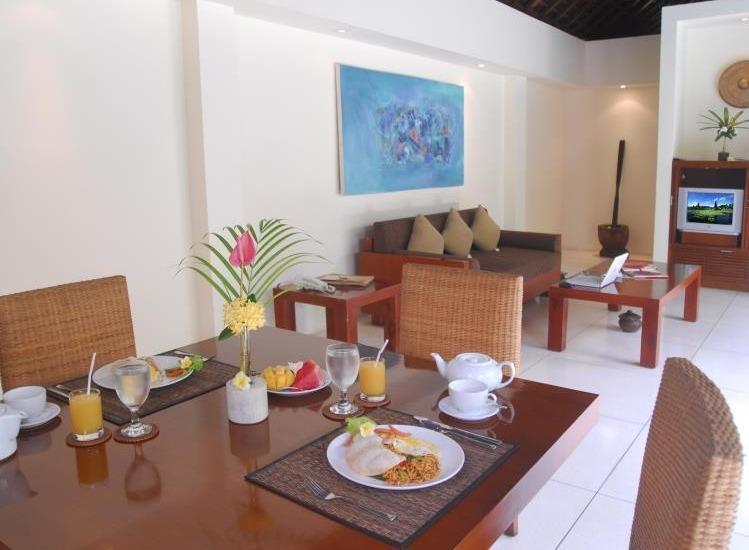 Grand Avenue Bali - Living Room