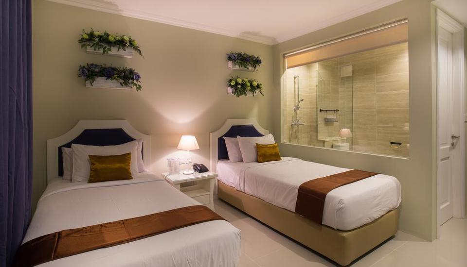 Amalfi Hotel Seminyak - Deluxe Twin Room with Breakfast LUXURY - Pegipegi Promotion