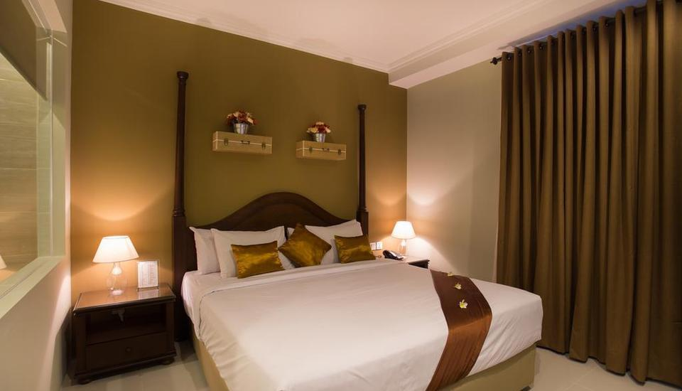 Amalfi Hotel Seminyak - Deluxe Double Room with Breakfast LUXURY - Pegipegi Promotion