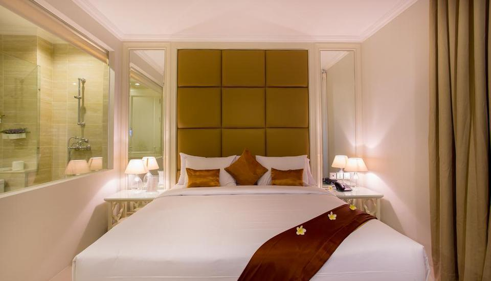 Amalfi Hotel Seminyak - Superior Double Room with Breakfast LUXURY - Pegipegi Promotion