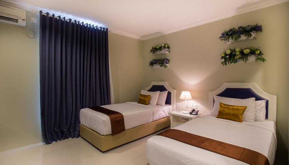 Amalfi Hotel Seminyak - Superior Twin Room with Breakfast Last Minute Deal