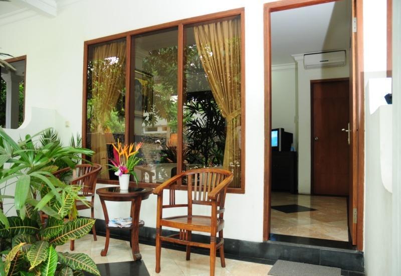 Mirah Hotel Banyuwangi - Deluxe Room