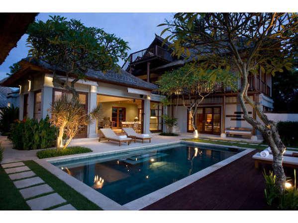 Karma Jimbaran Bali - Valley View Deluxe Kolam eksterior
