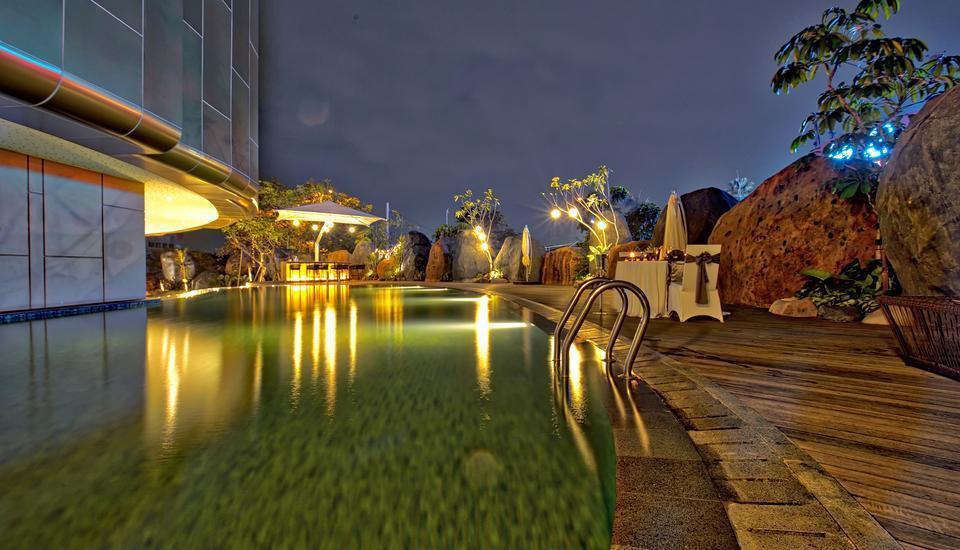 Grand Soll Marina Hotel Tangerang - Kolam Renang
