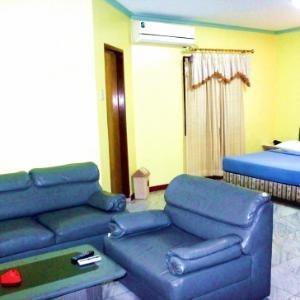 Pinangsia Hotel Jakarta - suite room