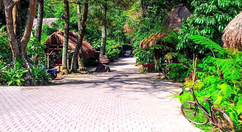 Imah Seniman Bandung - Taman