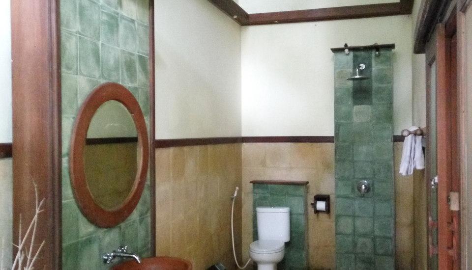 Imah Seniman Bandung - Kamar mandi