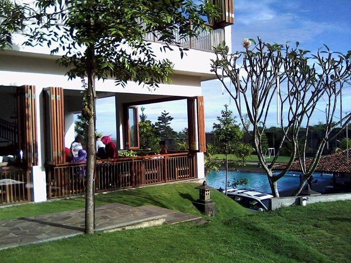 Jimmers Mountain Resort Bogor - (25/July/2014)