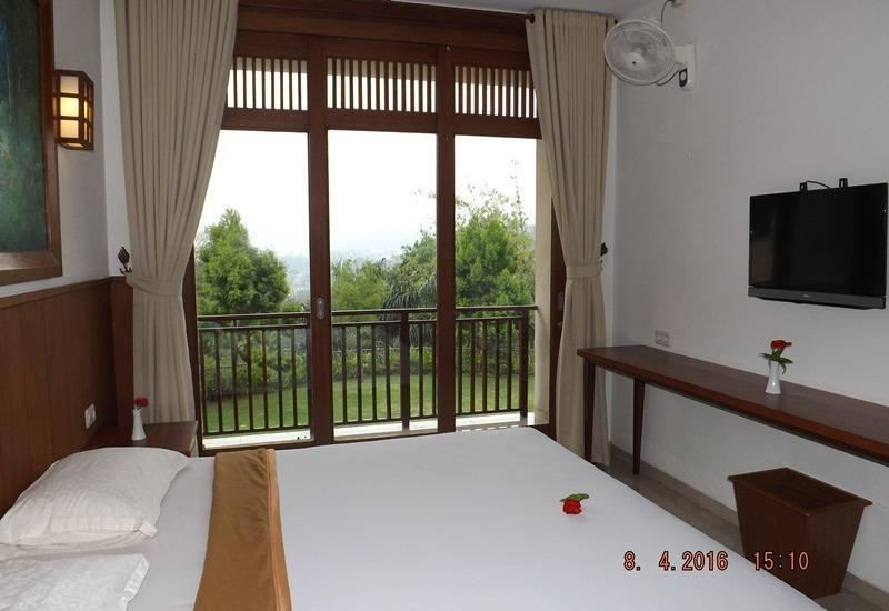 Jimmers Mountain Resort Bogor - Superior Double