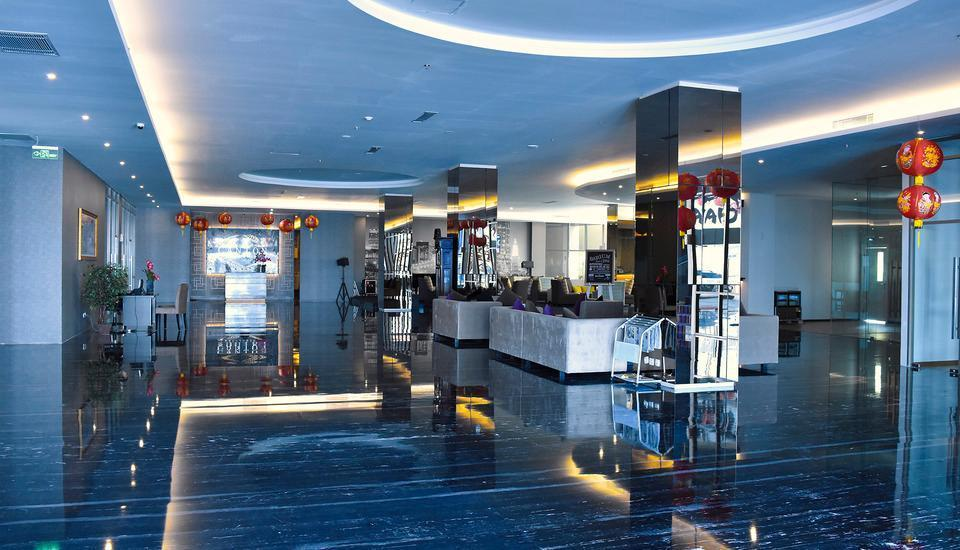 Platinum Balikpapan Hotel And Convention Hall   - Lobby