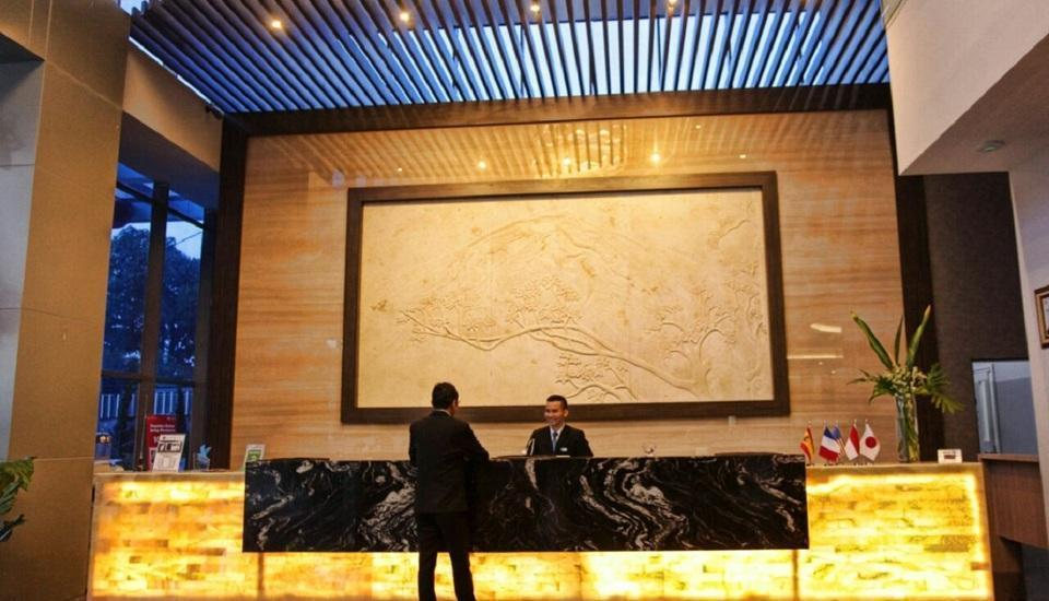 Platinum Balikpapan Hotel And Convention Hall   - Reception