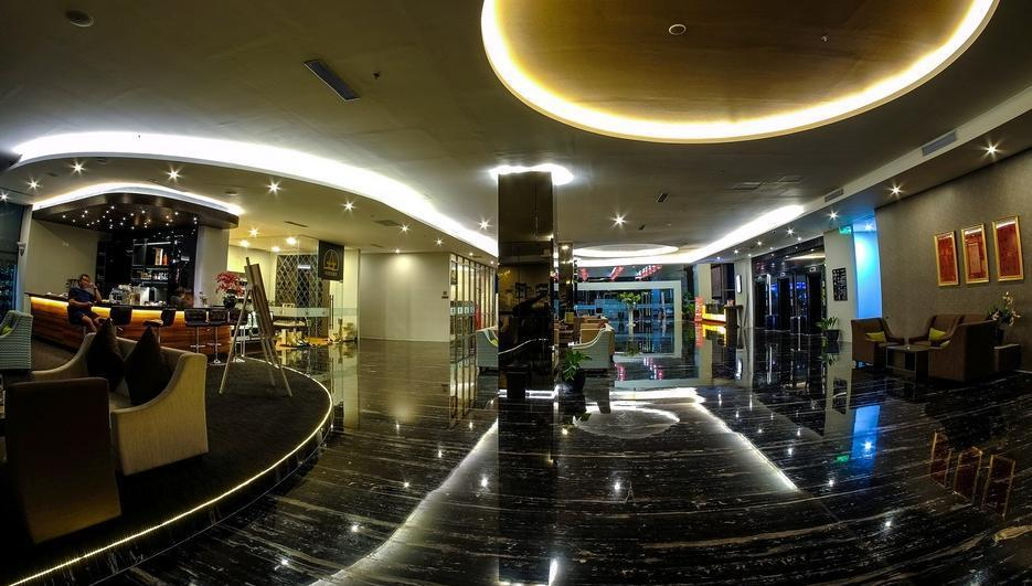 Platinum Balikpapan Hotel And Convention Hall   - Lobby Hotel