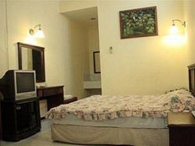 Mutiara Hotel Malang - Rooms