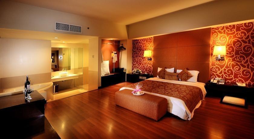 Clarion Hotel Makassar - Junior Suite Club