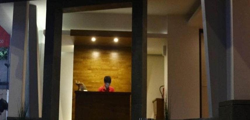 Premium Legian Hotel Bali - Lobi