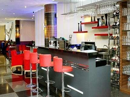 Lorin Hotel Sentul Bogor - Bar