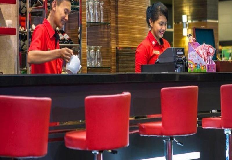 Lorin Hotel Sentul Bogor - Cafe