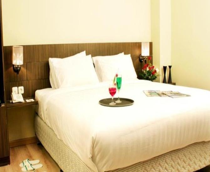 Lorin Hotel Sentul Bogor - Kamar tamu