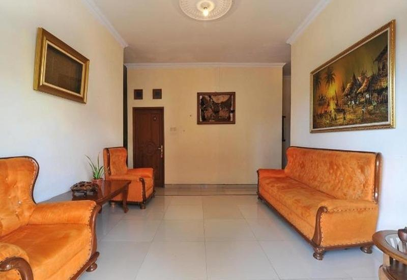 Balecatur Inn Yogyakarta - Ruang tamu