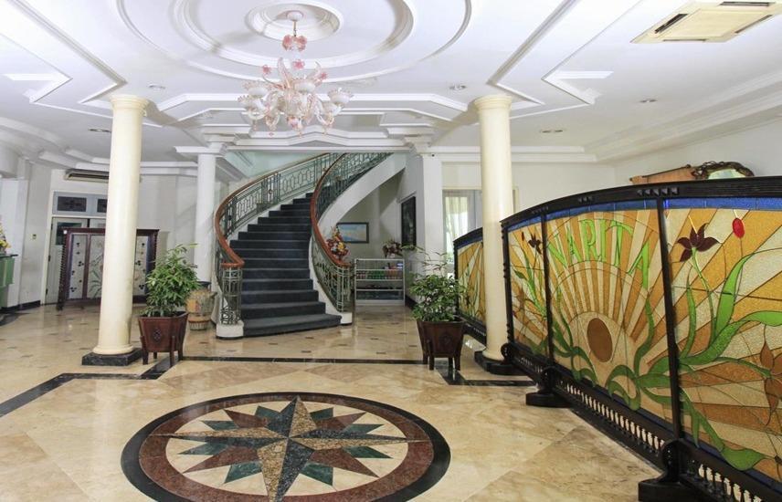 Hotel Bandar Narita Solo - Interior