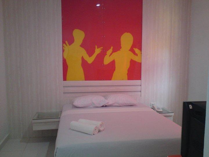 Wisma Rainbow Pekanbaru - Standard Room Regular Plan