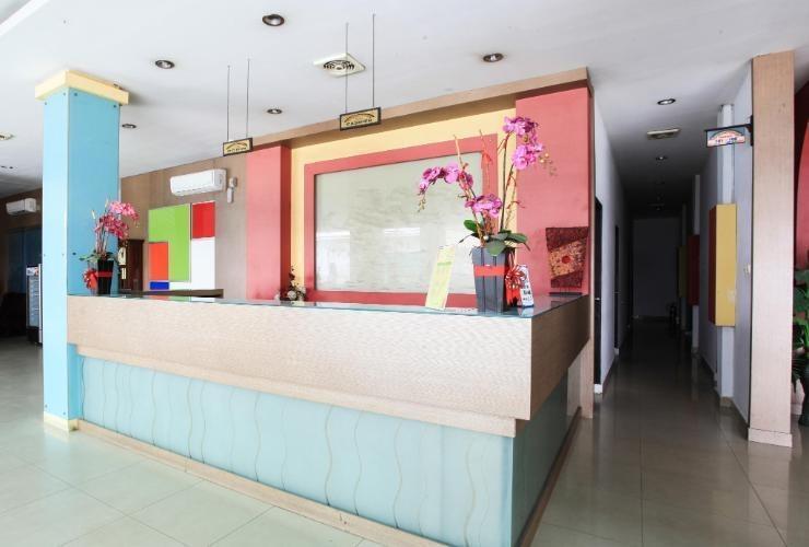 Wisma Rainbow Pekanbaru - Lobby