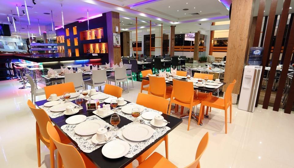 Miyana Hotel Medan - Restoran (07/Feb/2014)