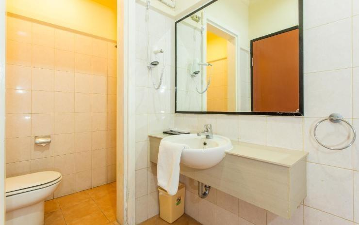 The Star Hill Boutique Hotel Balikpapan - Bath Room