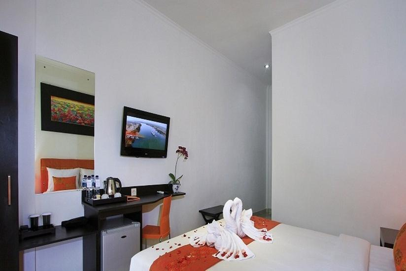 Kubu Anyar Hotel Bali - Deluxe Room with breakfast Basic Deal 20%