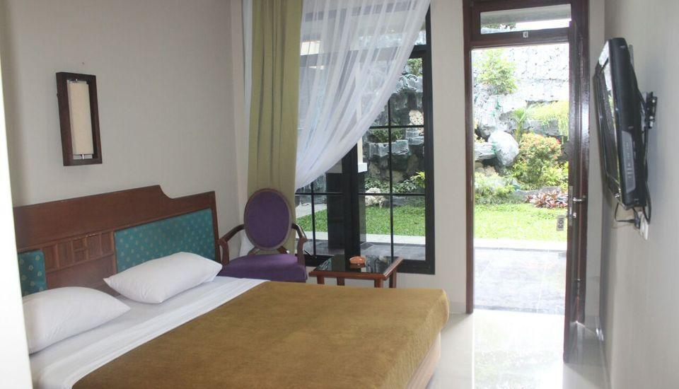 Wisma Mirah 1 Bogor - Superior Room Regular Plan