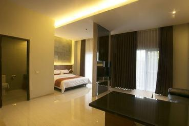 Moscato Hotel and Cafe Bandung - Exc Suite