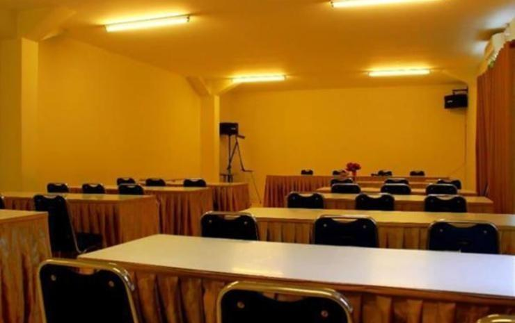 Hotel 61 Banda Aceh - Meeting Room