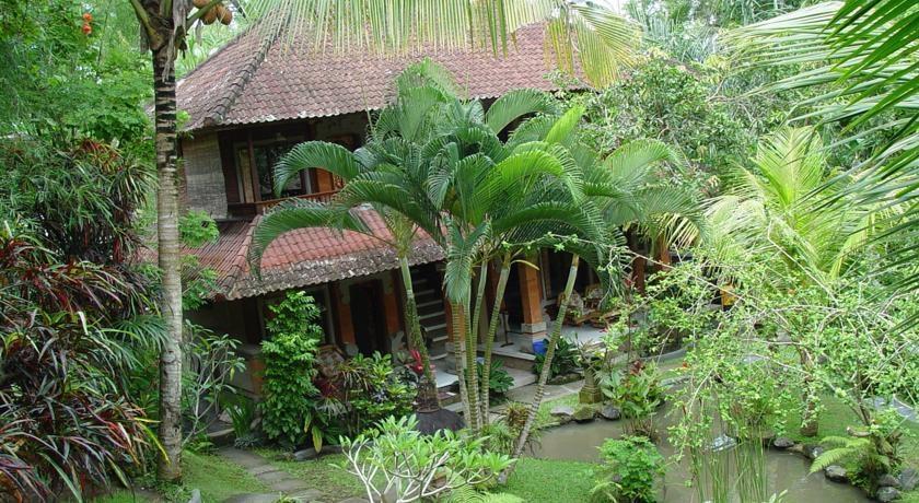 Gusti Garden Bungalows Bali - Tampilan luar