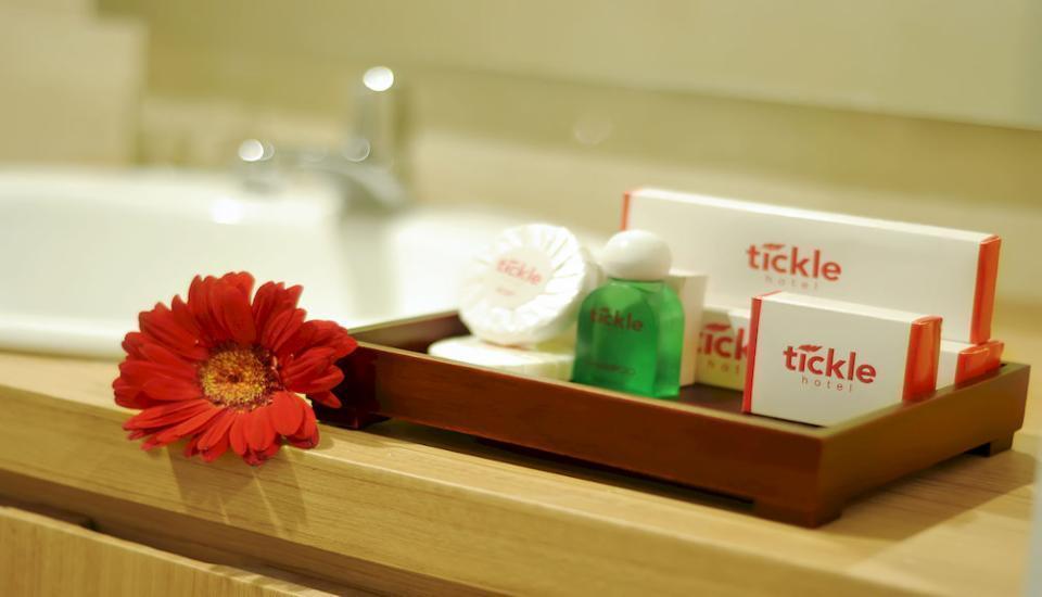Tickle Hotel Yogyakarta - Kamar Deluks Regular Plan