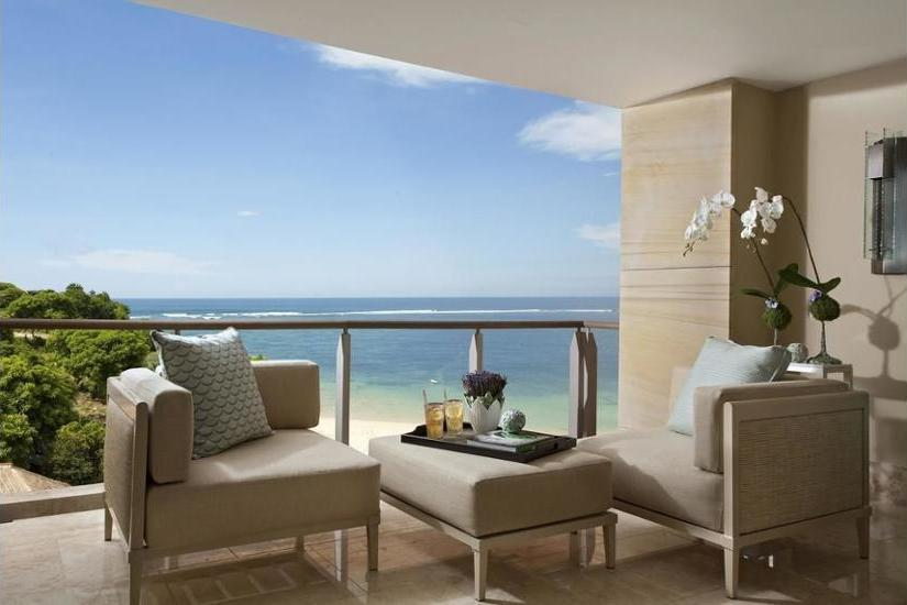 Mulia Resort Bali - Royal Suite Ocean Court - 2 Single Beds & 1 Single Sofa Bed OR 1 King Bed & 1 Single Sofa Bed Diskon!