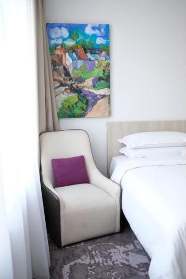 Four Points by Sheraton Jakarta Thamrin - In-Room Amenity