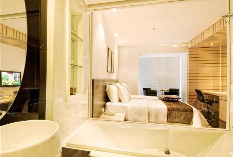 Padma Hotel Bandung - Kamar Twin Premier Regular Plan