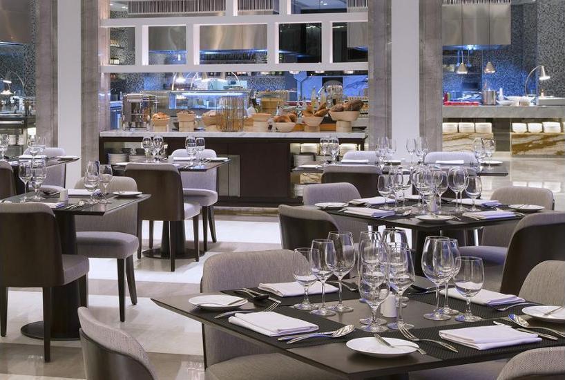 Sheraton Grand Jakarta Gandaria City Hotel Jakarta - Dining