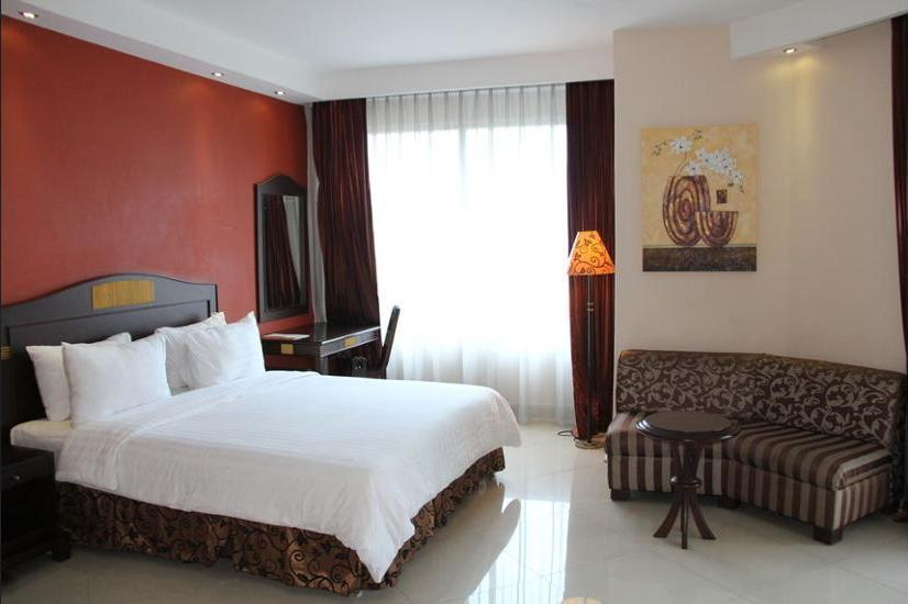 NAM Center Hotel Jakarta - Kamar Double Superior Regular Plan