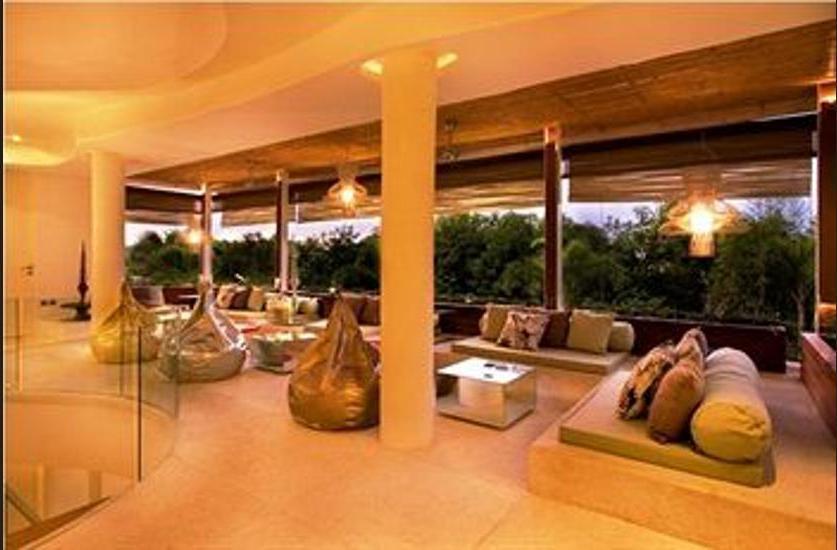 Kiss Villas Bali - Lobby Sitting Area